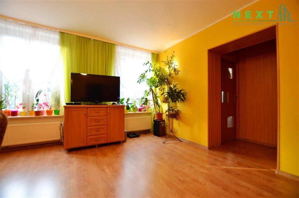 Mieszkanie trzypokojowe na sprzedaż Zabrze, Centrum  65m2 Foto 5