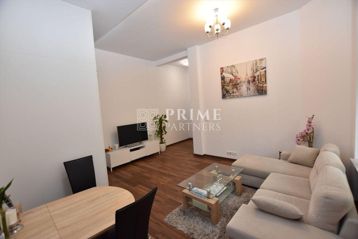Mieszkanie dwupokojowe na wynajem Warszawa, Śródmieście, Śródmieście, Poznańska 16  56m2 Foto 1