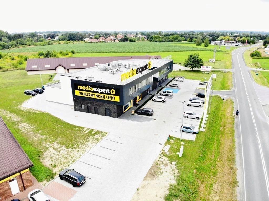 Lokal użytkowy na wynajem Niepołomice, Brzeska  87m2 Foto 1