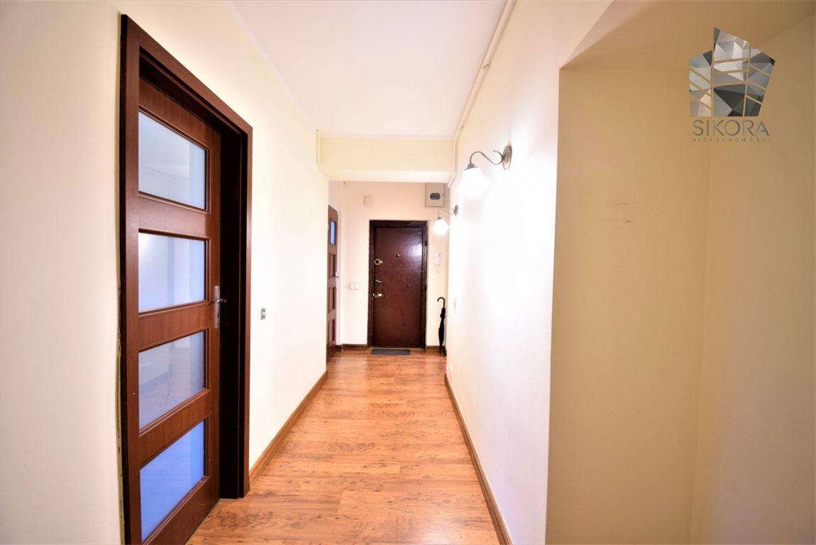 Mieszkanie dwupokojowe na sprzedaż Gdynia, Działki Leśne  64m2 Foto 2