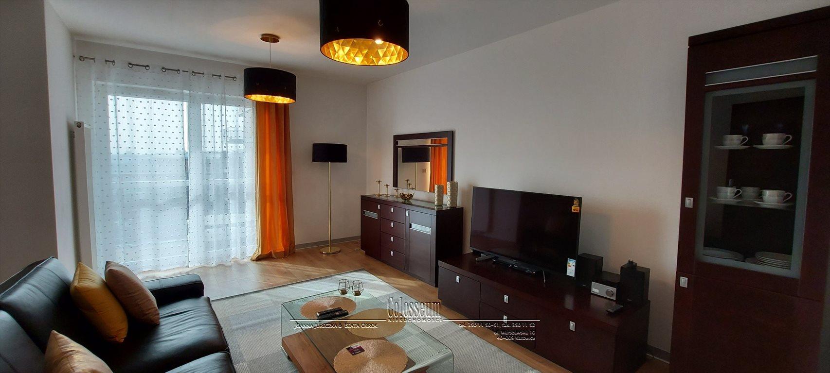 Mieszkanie trzypokojowe na wynajem Katowice, Dąb, Johna Baildona  71m2 Foto 1