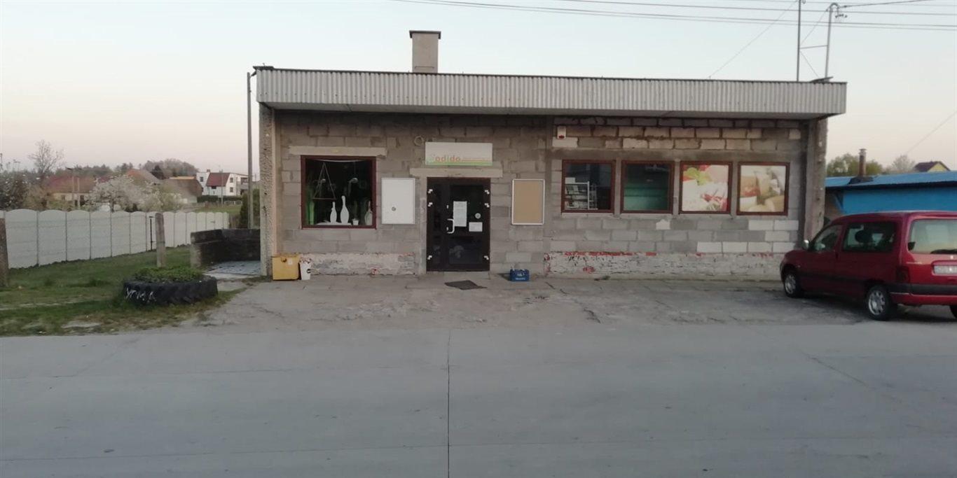 Lokal użytkowy na sprzedaż Ujazd, Jaryszów  155m2 Foto 1