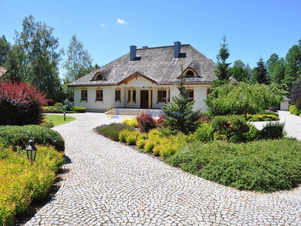 Dom na sprzedaż Ciosowa, Leśna  503m2 Foto 1