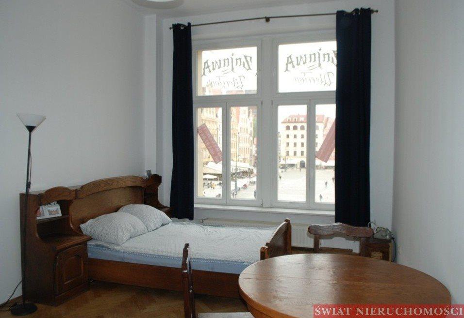 Mieszkanie dwupokojowe na wynajem Wrocław, Rynek, Rynek  70m2 Foto 1