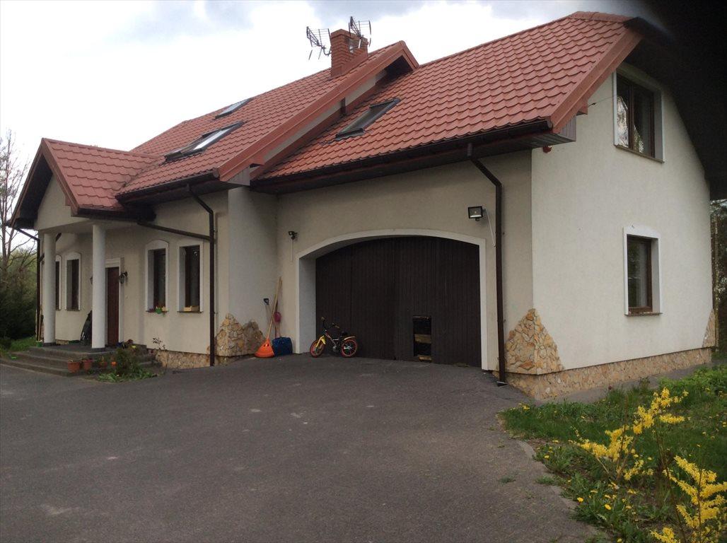 Dom na sprzedaż Wiązowna  200m2 Foto 1