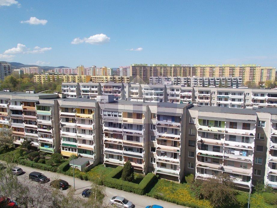 Mieszkanie trzypokojowe na sprzedaż Wałbrzych, Podzamcze  54m2 Foto 1