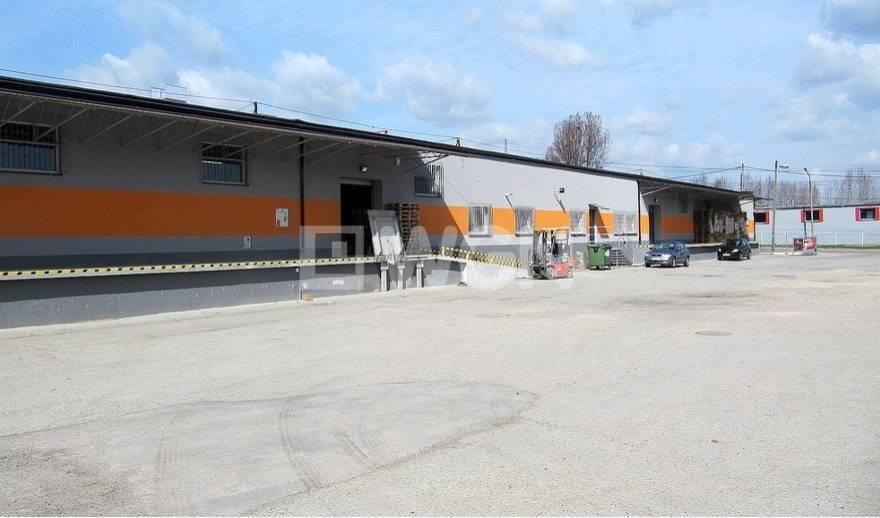 Lokal użytkowy na sprzedaż Chrzanów, chrzanów  2100m2 Foto 4