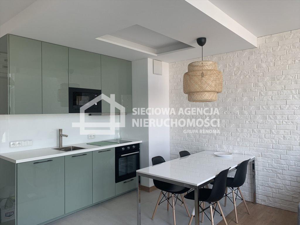 Mieszkanie dwupokojowe na wynajem Gdynia, Śródmieście, Stefana Batorego  52m2 Foto 1