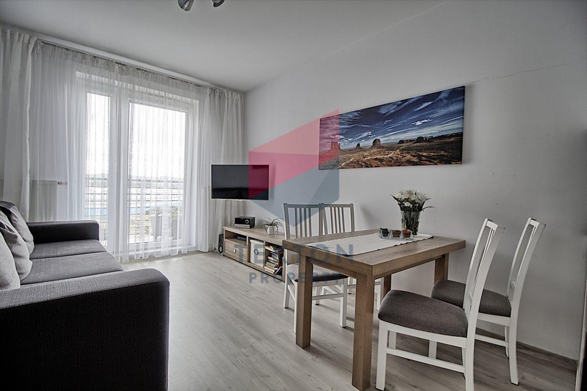 Mieszkanie trzypokojowe na sprzedaż Gdynia, Obłuże, Boisko  59m2 Foto 1