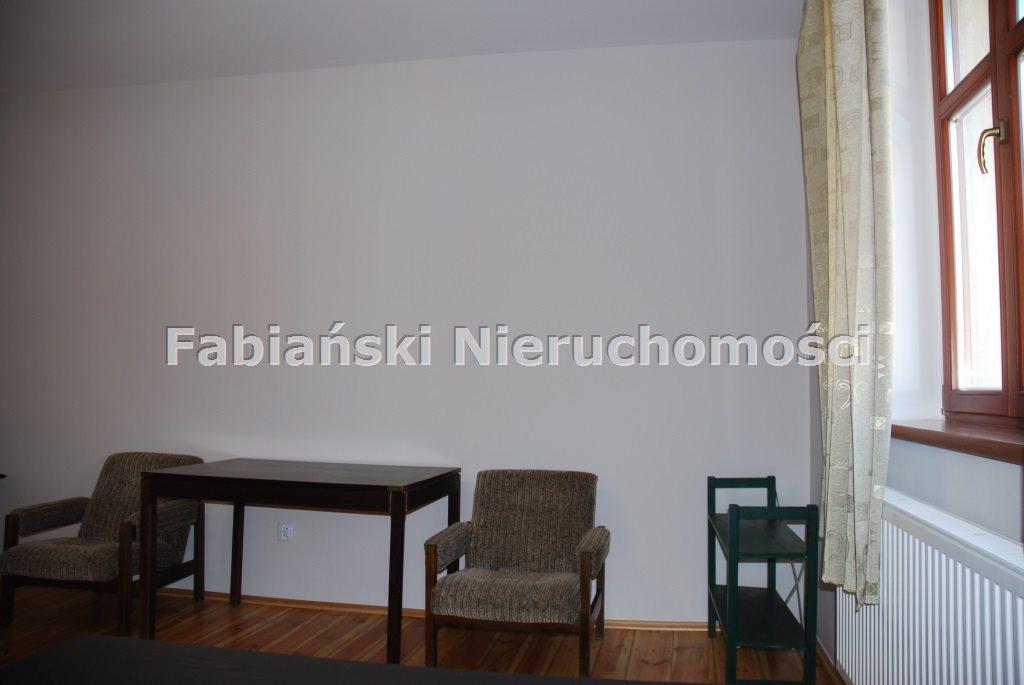 Mieszkanie trzypokojowe na wynajem Poznań, Łazarz  78m2 Foto 3
