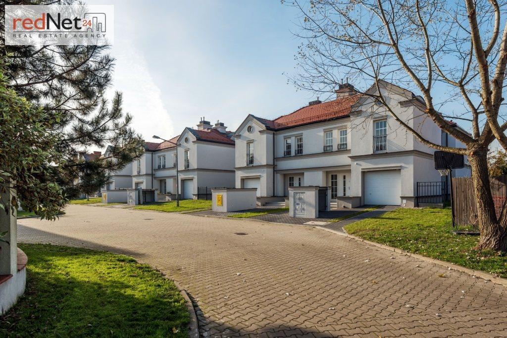Dom na sprzedaż Józefosław  201m2 Foto 1