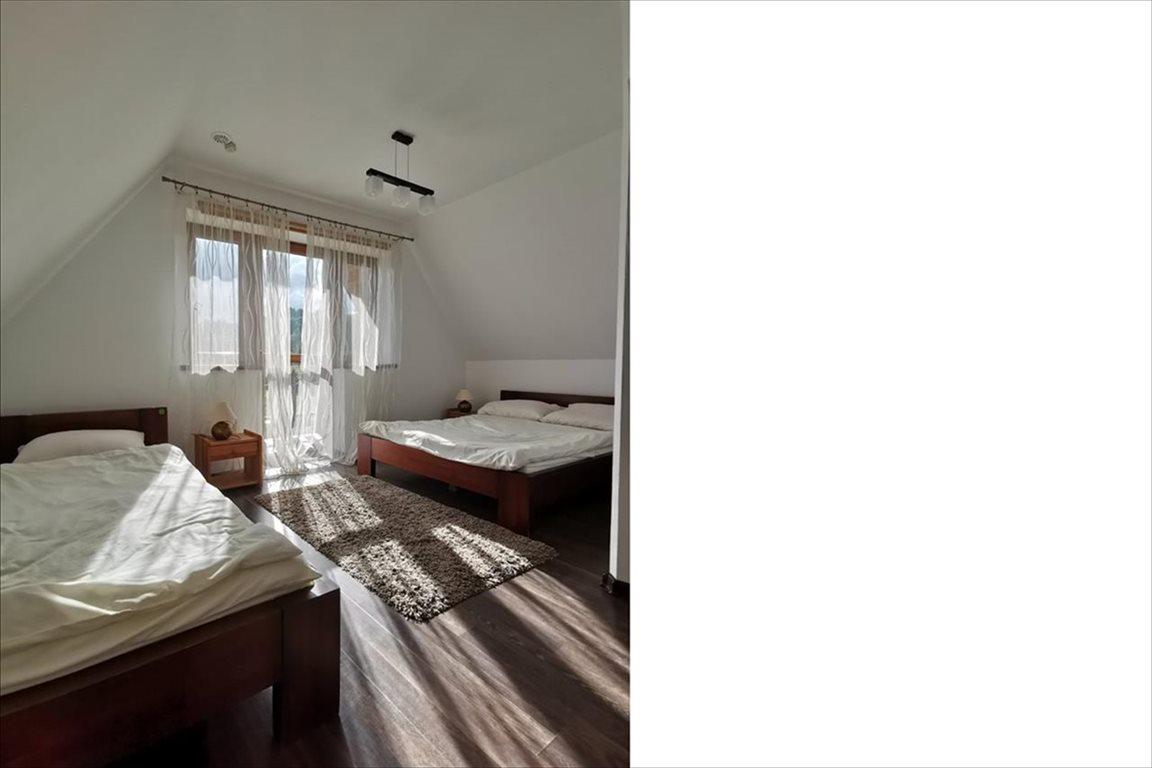 Dom na sprzedaż Huzele, Lesko  4m2 Foto 2