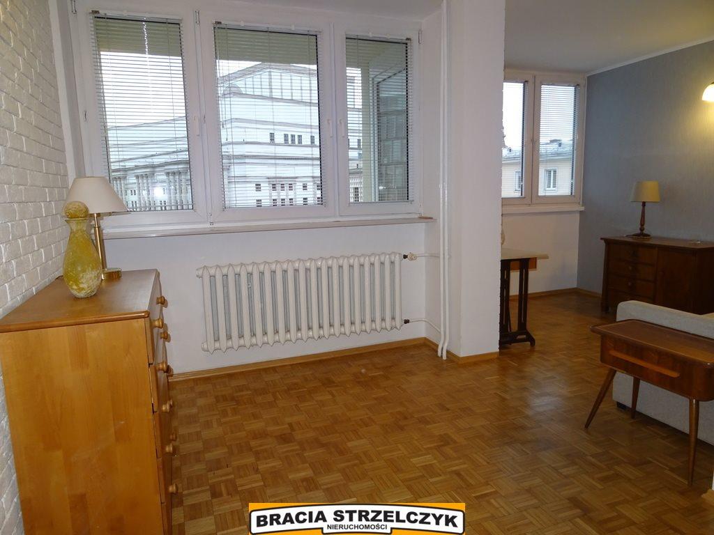 Mieszkanie dwupokojowe na wynajem Warszawa, Śródmieście  40m2 Foto 1