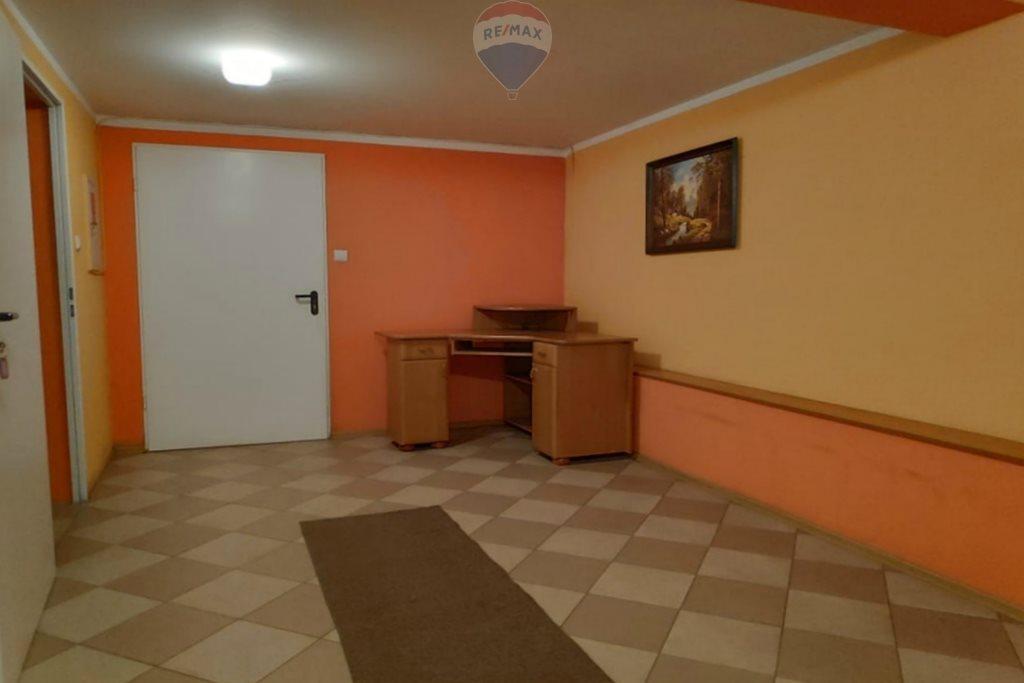 Lokal użytkowy na wynajem Nowy Targ  48m2 Foto 2