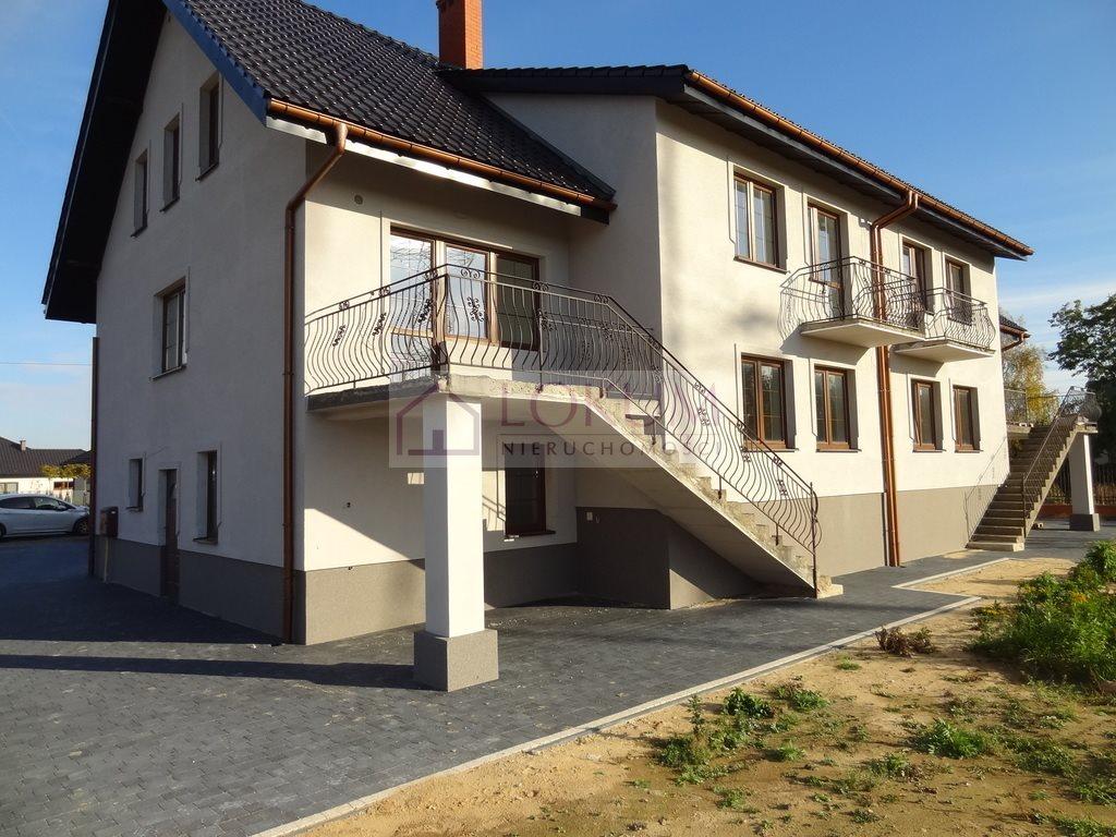 Dom na sprzedaż Abramowice Prywatne  277m2 Foto 1