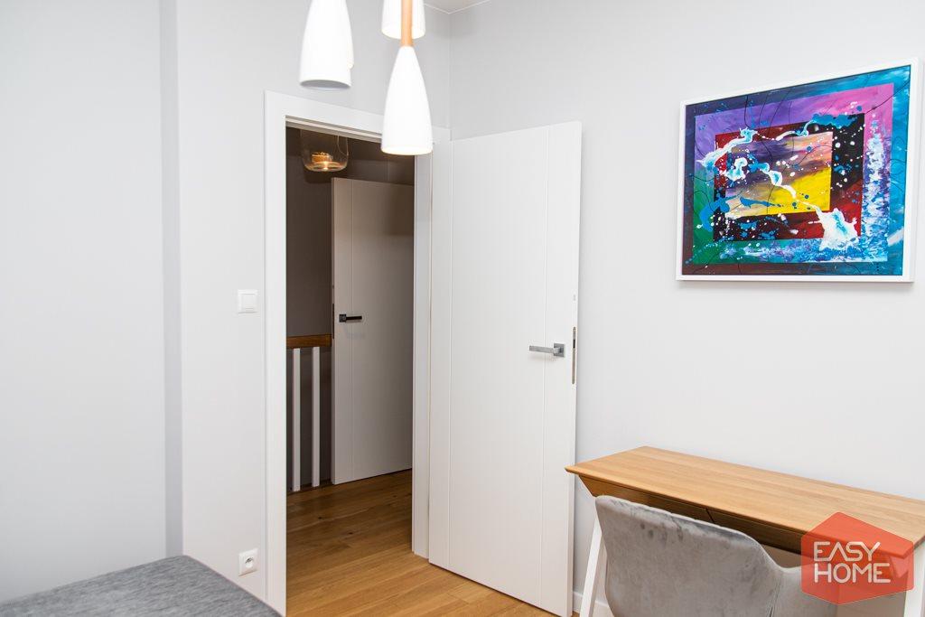 Mieszkanie czteropokojowe  na sprzedaż Sady  78m2 Foto 3