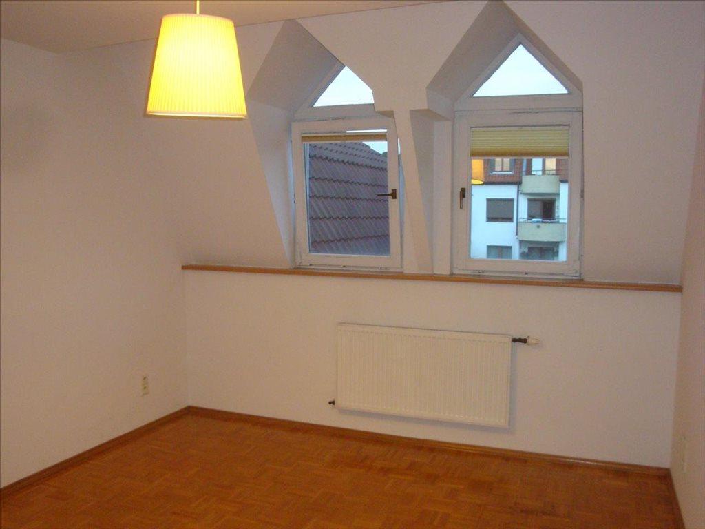 Dom na wynajem Wrocław, Krzyki  221m2 Foto 3