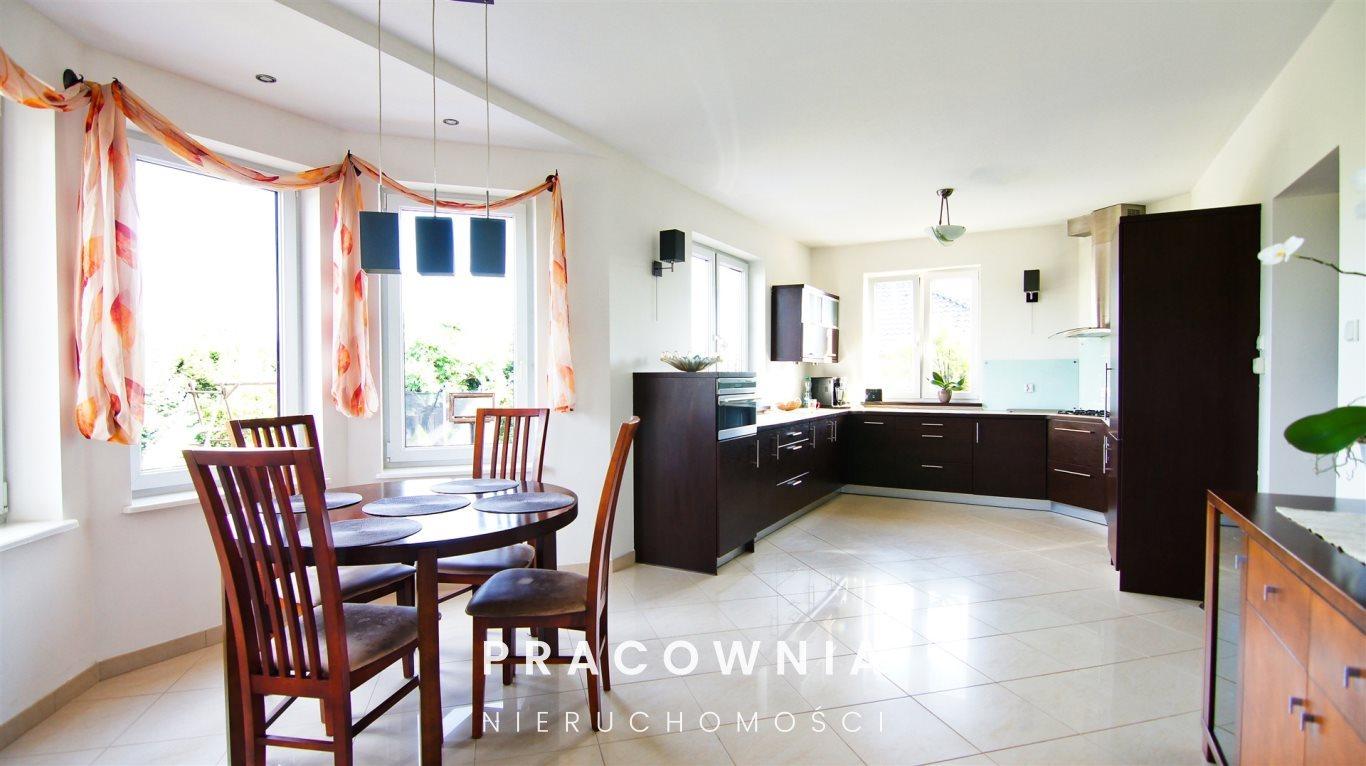 Dom na sprzedaż Niwy  220m2 Foto 1