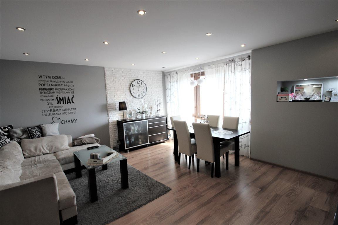 Mieszkanie trzypokojowe na wynajem Bełchatów  78m2 Foto 1