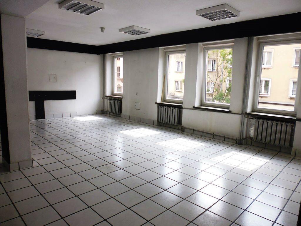 Lokal użytkowy na wynajem Kielce, Centrum  145m2 Foto 1