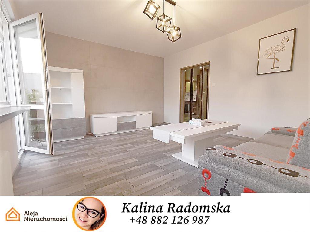 Mieszkanie dwupokojowe na wynajem Częstochowa, Stefana Starzyńskiego  52m2 Foto 1