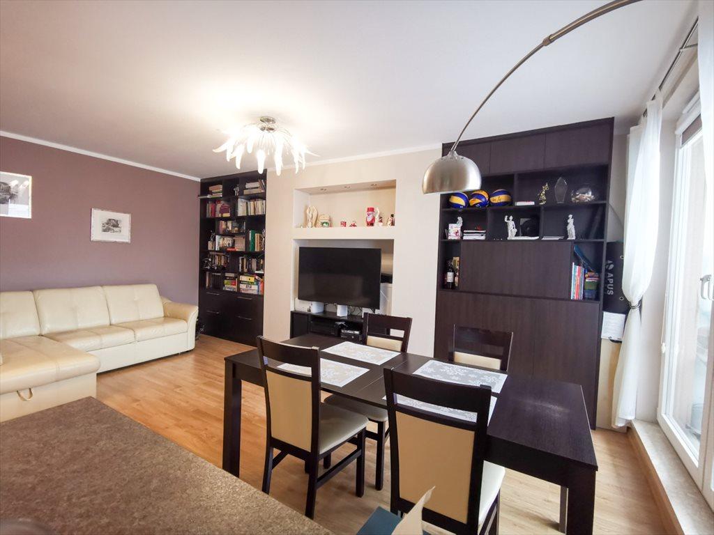 Mieszkanie trzypokojowe na sprzedaż Warszawa, Praga-Południe, Gocław, Bora-Komorowskiego 21  63m2 Foto 2