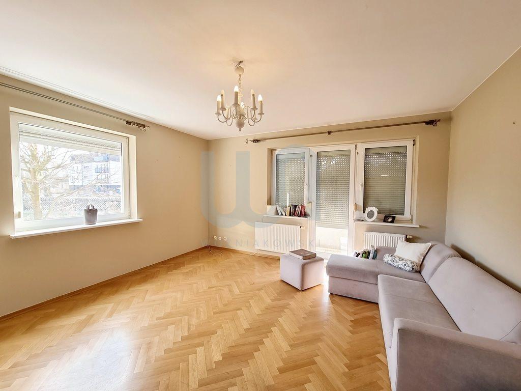 Mieszkanie dwupokojowe na sprzedaż Częstochowa, Parkitka  66m2 Foto 1