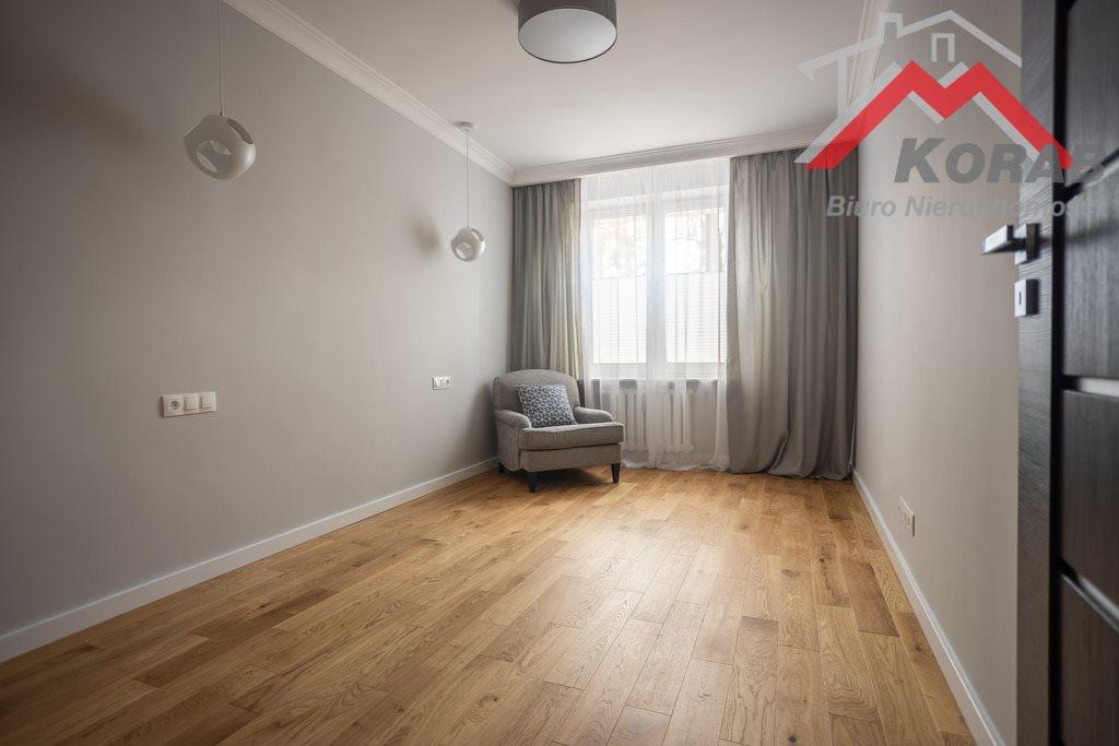 Mieszkanie trzypokojowe na sprzedaż Nowy Dwór Mazowiecki, Warszawska  68m2 Foto 10