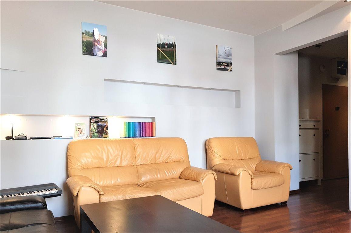 Mieszkanie trzypokojowe na sprzedaż Ząbki, ul. Powstańców  73m2 Foto 2