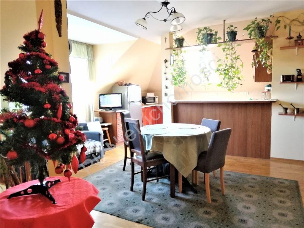 Dom na sprzedaż Chrośla  225m2 Foto 4