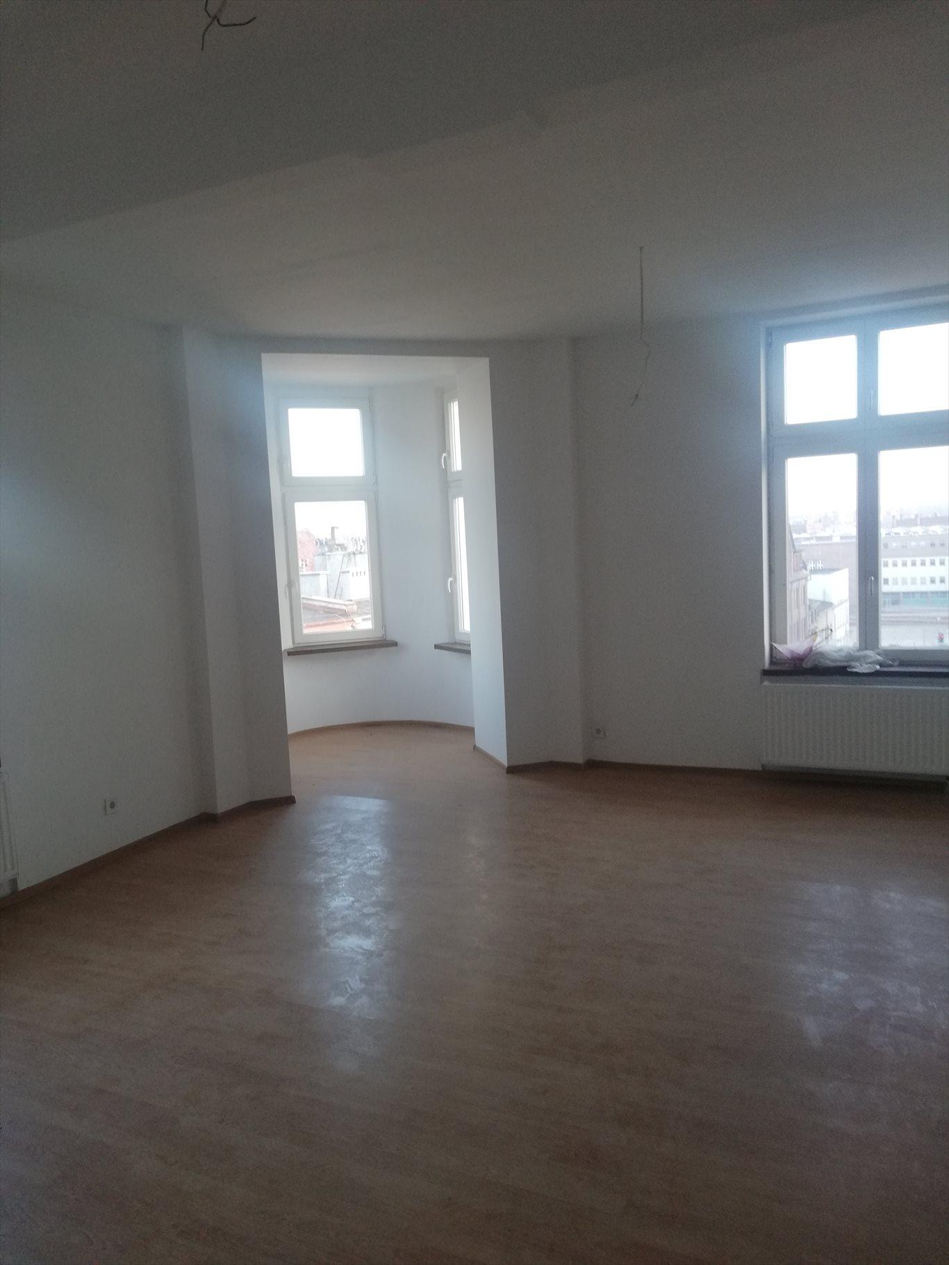 Mieszkanie trzypokojowe na wynajem Bytom, Śródmieście, Rynek  117m2 Foto 1