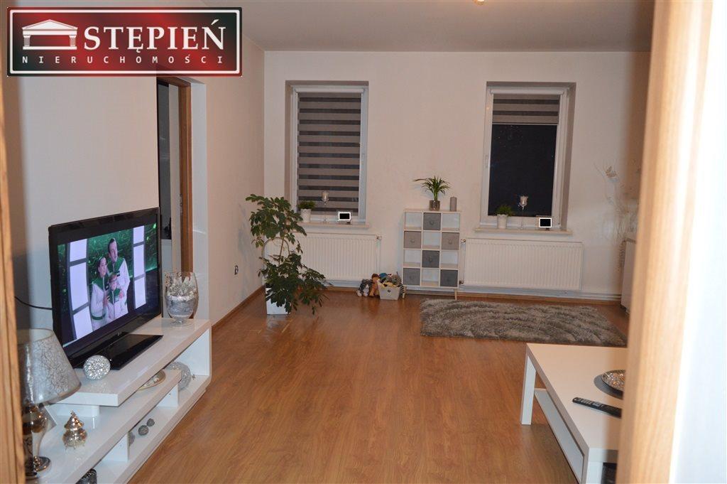 Mieszkanie trzypokojowe na sprzedaż Lubomierz  108m2 Foto 1