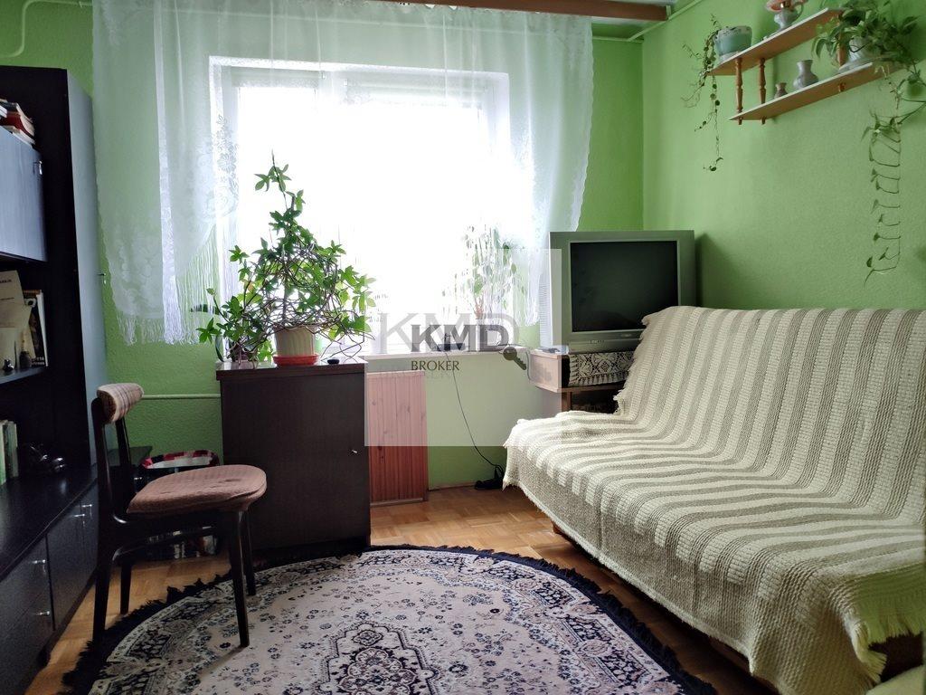 Mieszkanie trzypokojowe na sprzedaż Świdnik, Akacjowa  63m2 Foto 1