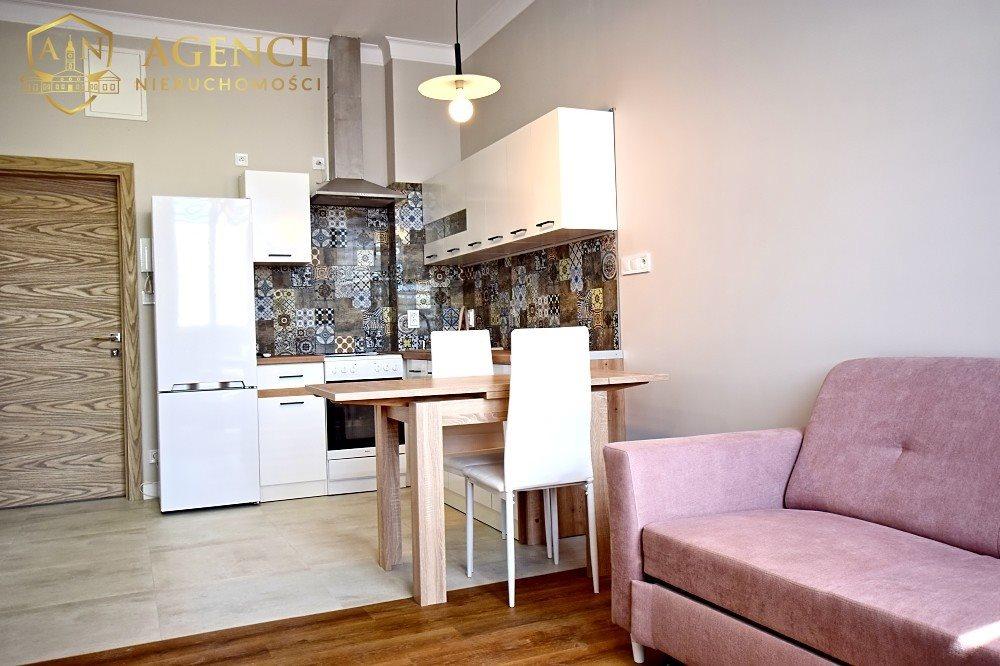 Mieszkanie dwupokojowe na wynajem Białystok, Centrum, Sienkiewicza  38m2 Foto 1