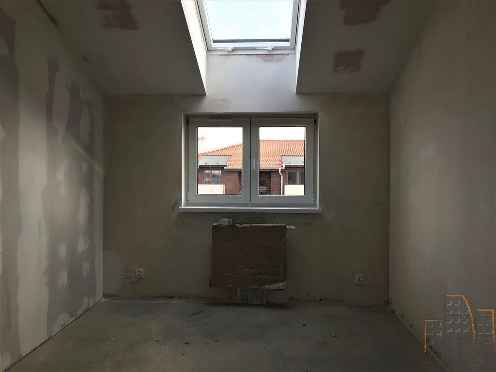 Mieszkanie trzypokojowe na sprzedaż Kiełczów  59m2 Foto 8