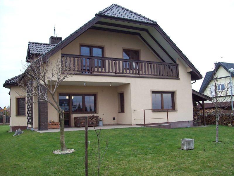Dom na wynajem Kiełczów  184m2 Foto 1