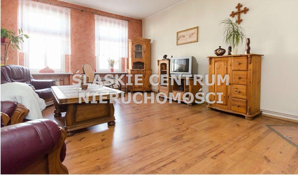 Mieszkanie czteropokojowe  na wynajem Chorzów, Centrum, Jagiellońska  120m2 Foto 1