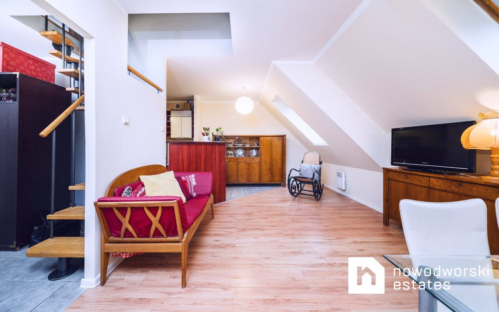 Mieszkanie trzypokojowe na sprzedaż Wieliczka, św. Barbary  63m2 Foto 1