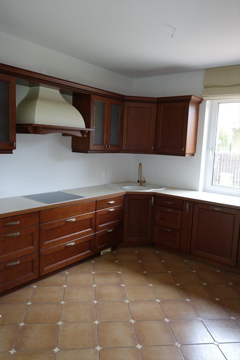 Dom na sprzedaż Osowiec, Osowiec  190m2 Foto 8