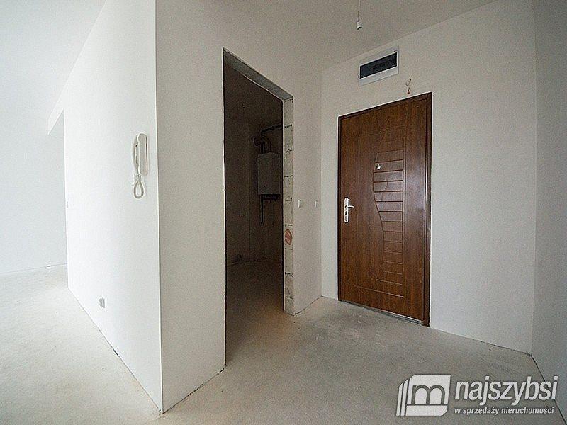 Mieszkanie dwupokojowe na sprzedaż Gościno, Centrum  42m2 Foto 6
