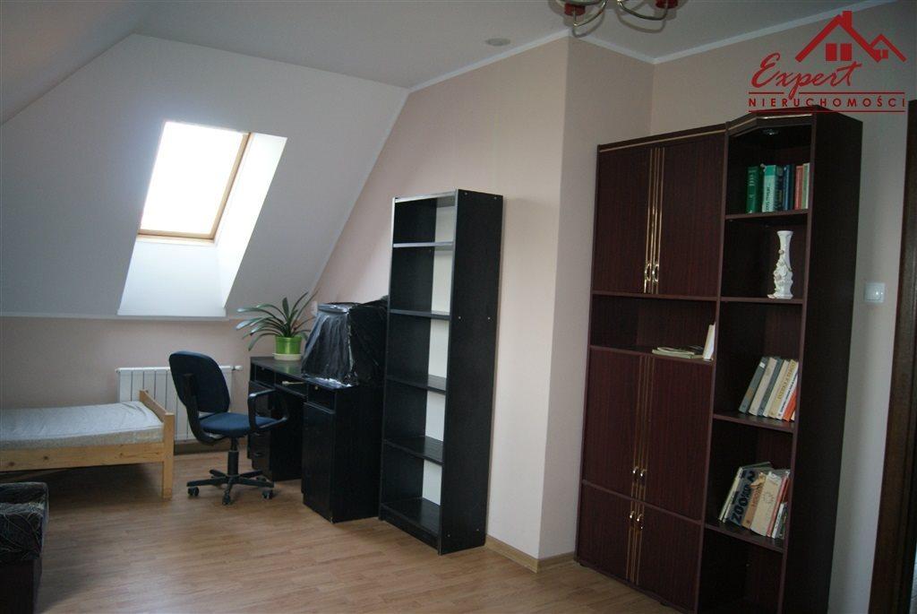 Mieszkanie czteropokojowe  na wynajem Nowa Wieś  90m2 Foto 8