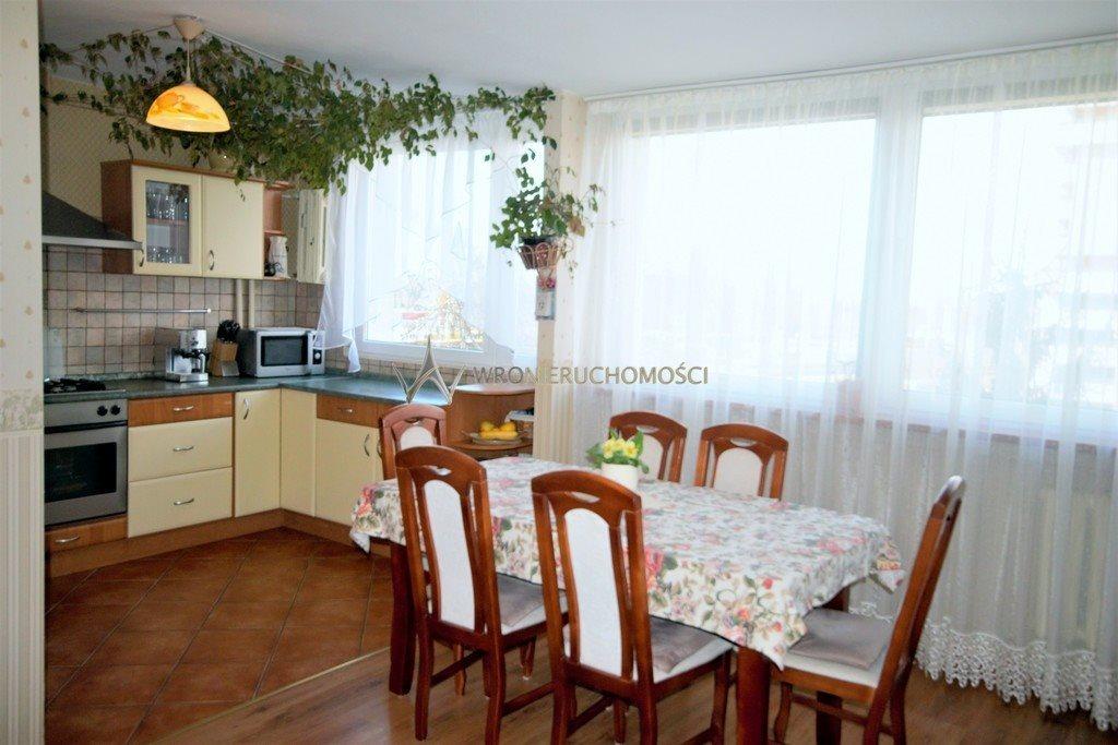 Mieszkanie czteropokojowe  na sprzedaż Wrocław, Lotnicza  72m2 Foto 2