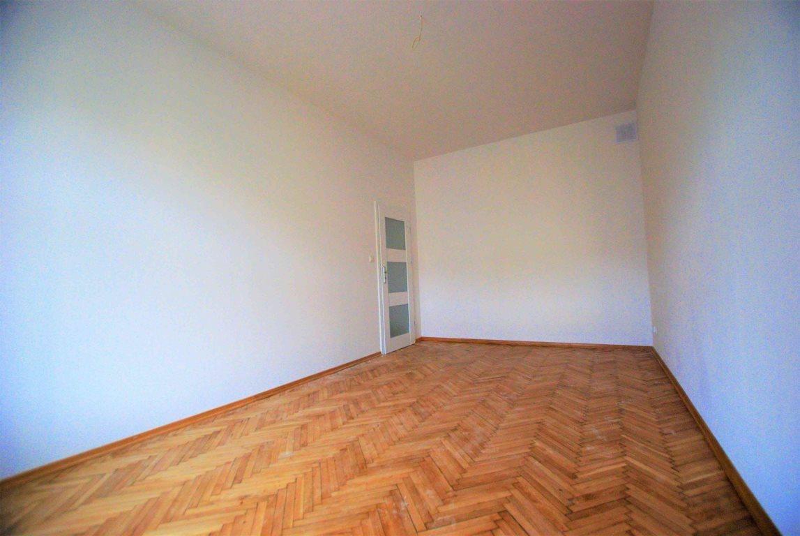 Mieszkanie dwupokojowe na wynajem Kielce, Centrum  54m2 Foto 3