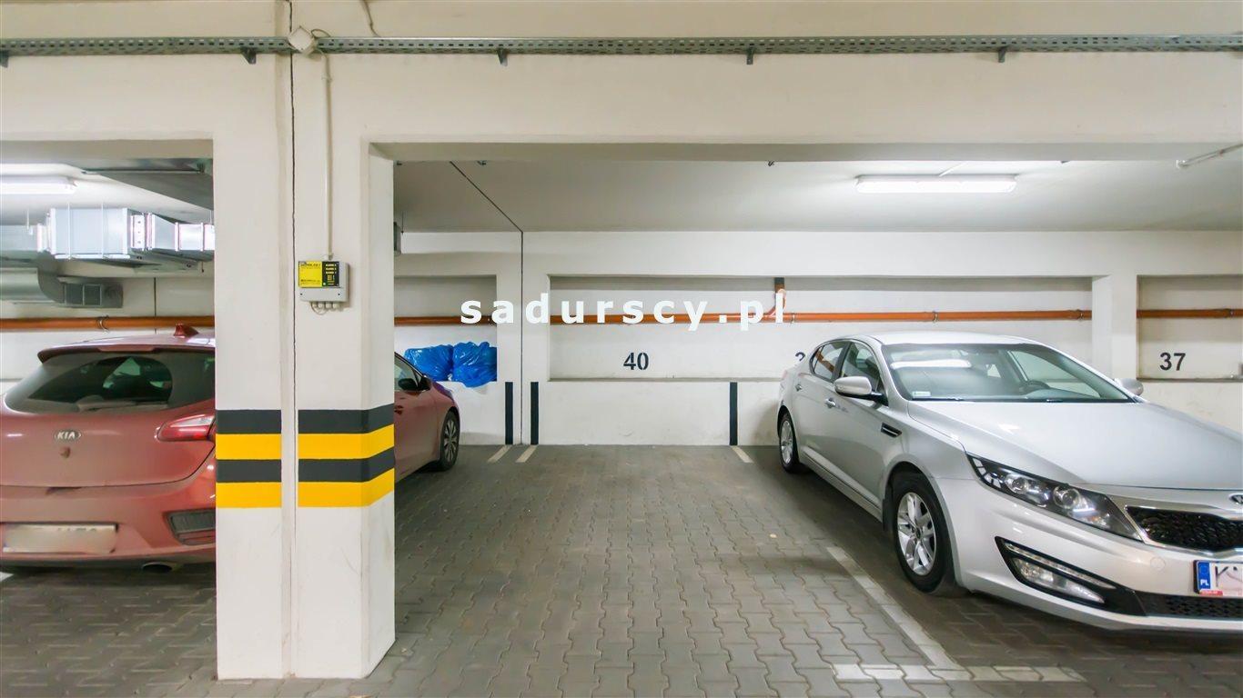 Garaż na sprzedaż Kraków, Dębniki, Ruczaj, prof. Michała Bobrzyńskiego  18m2 Foto 1