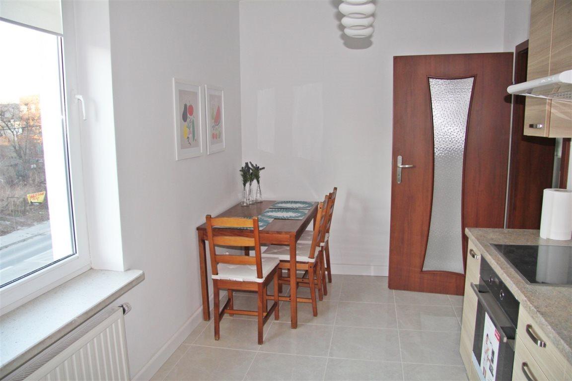 Mieszkanie dwupokojowe na wynajem Kielce, Centrum  52m2 Foto 6