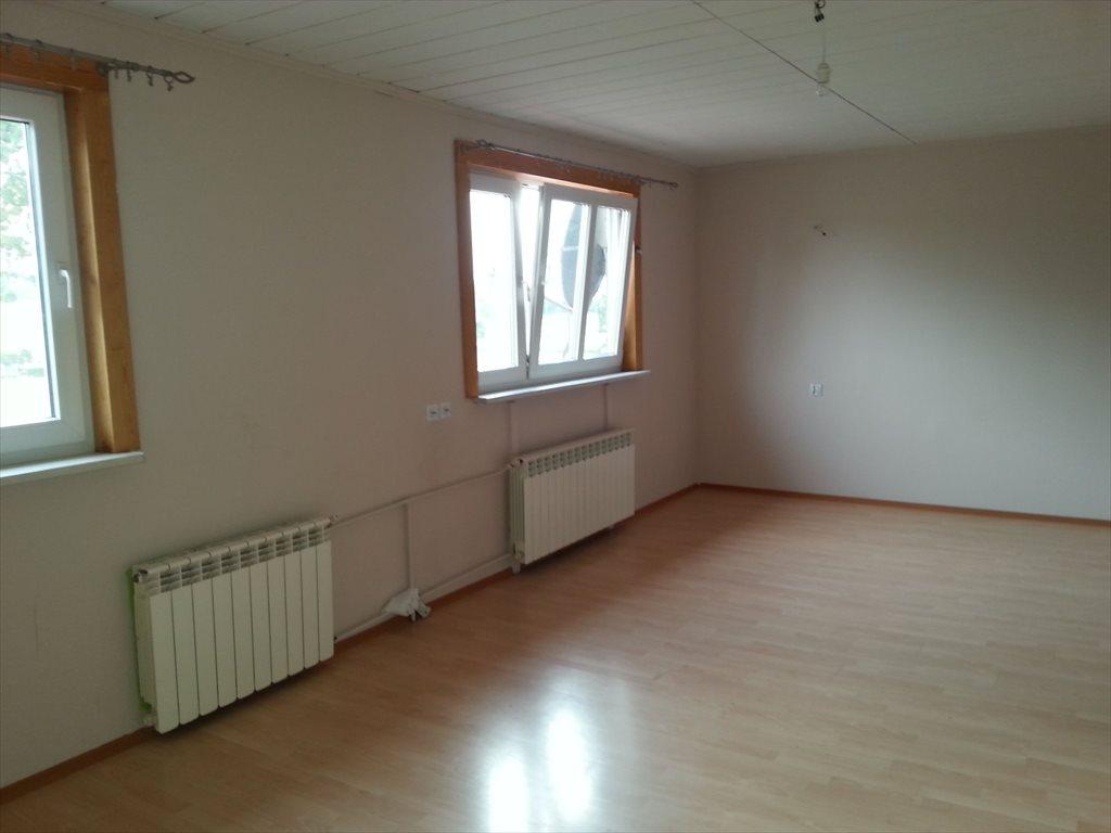 Mieszkanie czteropokojowe  na sprzedaż Szprotawa  70m2 Foto 1