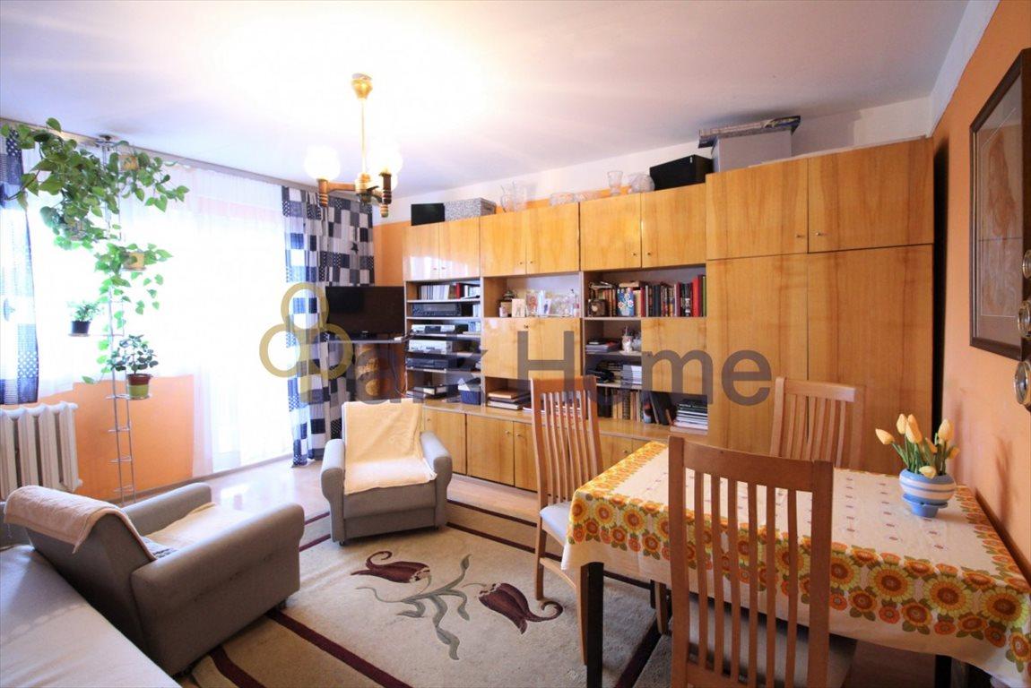 Mieszkanie trzypokojowe na sprzedaż Leszno  56m2 Foto 1