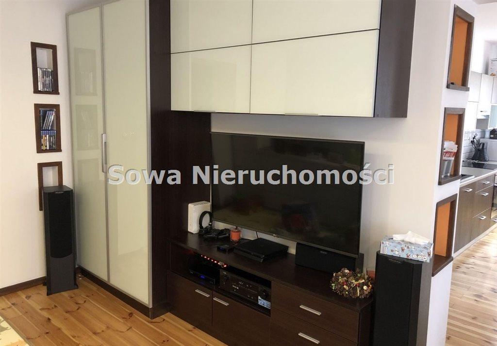 Mieszkanie trzypokojowe na sprzedaż Jelenia Góra, Centrum  71m2 Foto 3