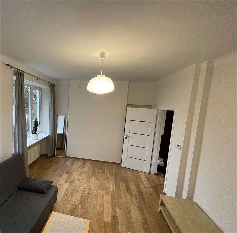 Mieszkanie dwupokojowe na wynajem Warszawa, Saska Kępa, Brukselska  37m2 Foto 1