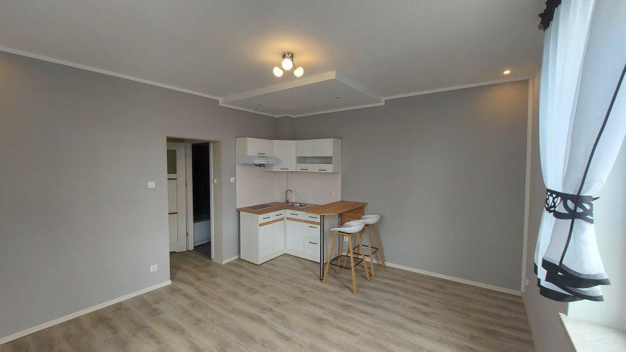Mieszkanie dwupokojowe na sprzedaż Kłodzko, Lutycka  35m2 Foto 3